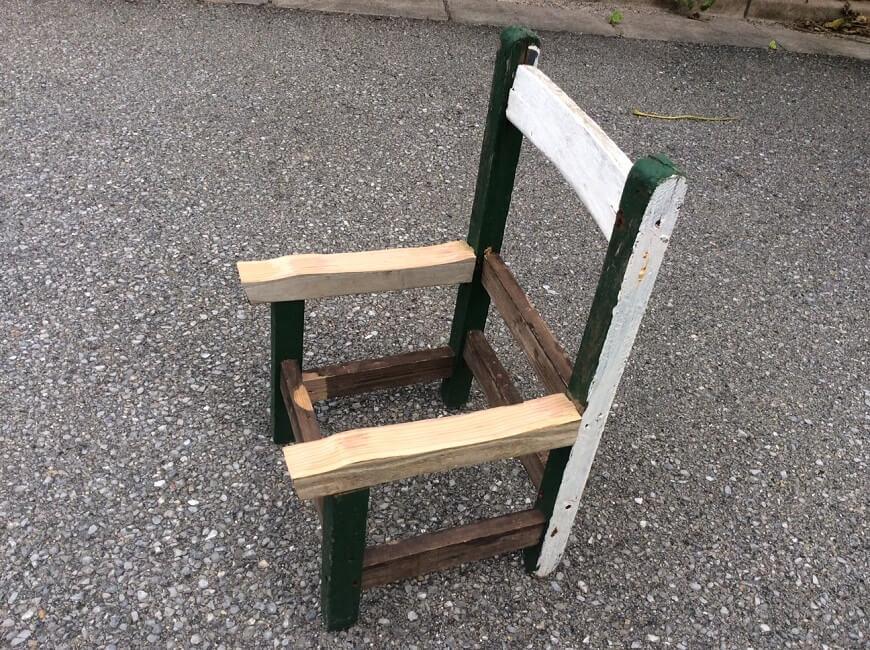 椅子未完成